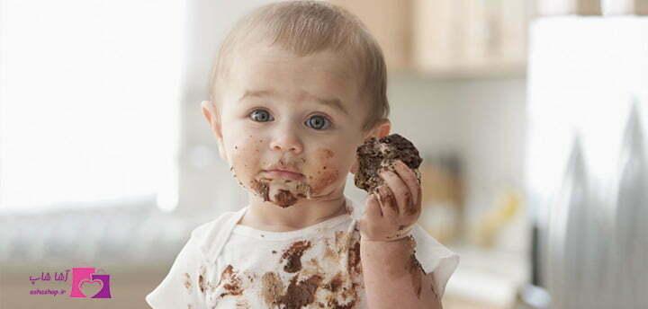 پاک کردن لکه شکلات و بستنی
