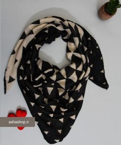 روسری طرح دار هندسی